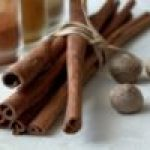 spices-cinnamon-nutmeg-ingredients-kitchen-food-min-e1472928081942